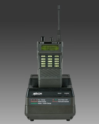 MRK-M-RK-II-M-RKII-System-GE-Ericsson-MA-Com-HARRIS-800-MHz-EDACS-Portable-Handheld-Transciever-HT-Universal-Rapid-Charger-Front-320×400